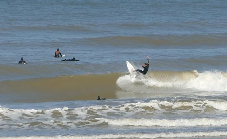 Lacanau Surf Report Vidéo - Lundi 12 Avril 11H30