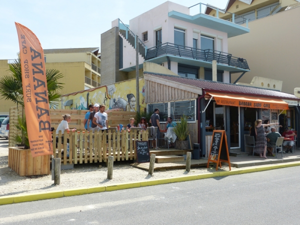 Banana Surf Shop Café and School - BANANA SURF CAFE