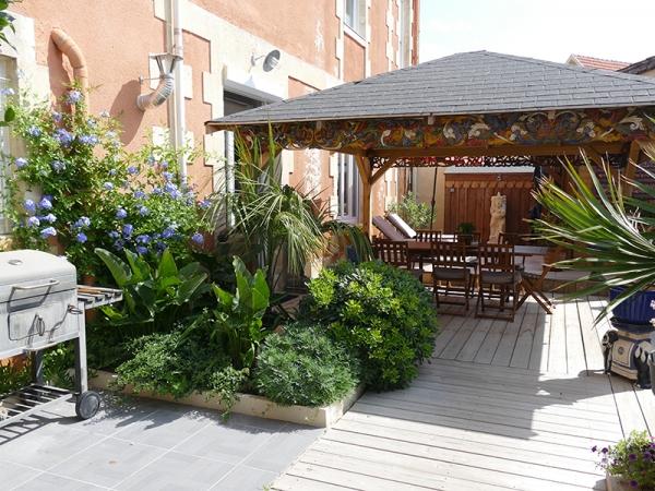 Villa Zenith Hostel