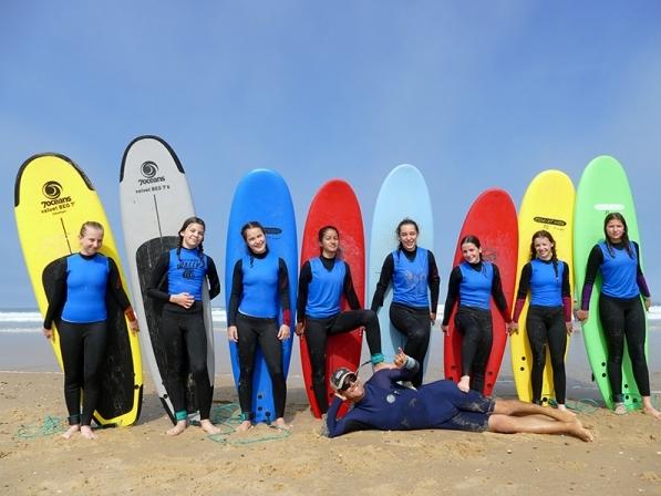 Ecole de Surf Lacanau - Surf School - WALLY SURF